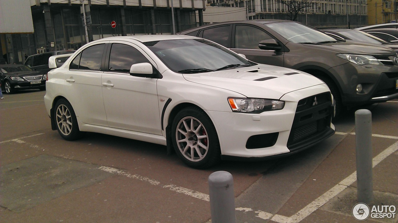 mitsubishi lancer evolution x 5 january 2017 autogespot. Black Bedroom Furniture Sets. Home Design Ideas