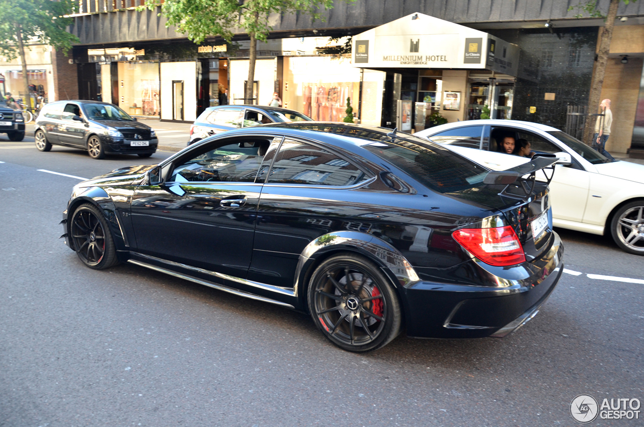 mercedes benz c 63 amg coup black series 8 january 2017 autogespot. Black Bedroom Furniture Sets. Home Design Ideas