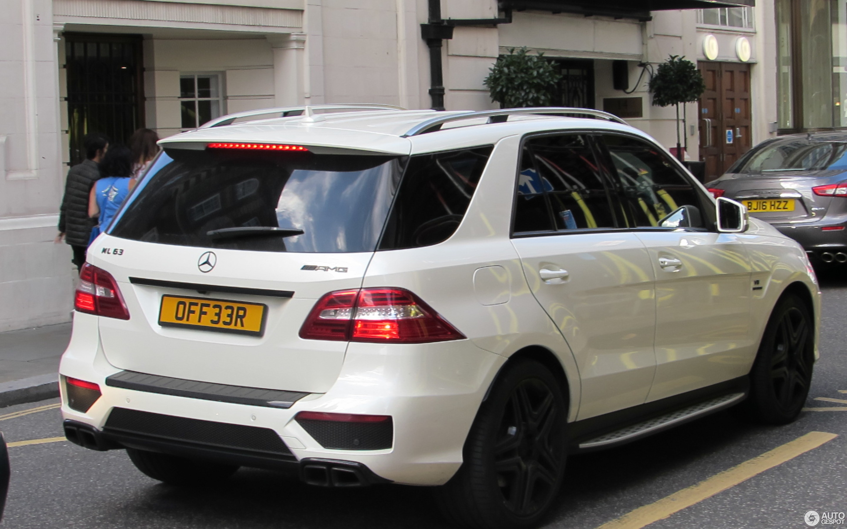 Mercedes Benz Ml 63 Amg W166 8