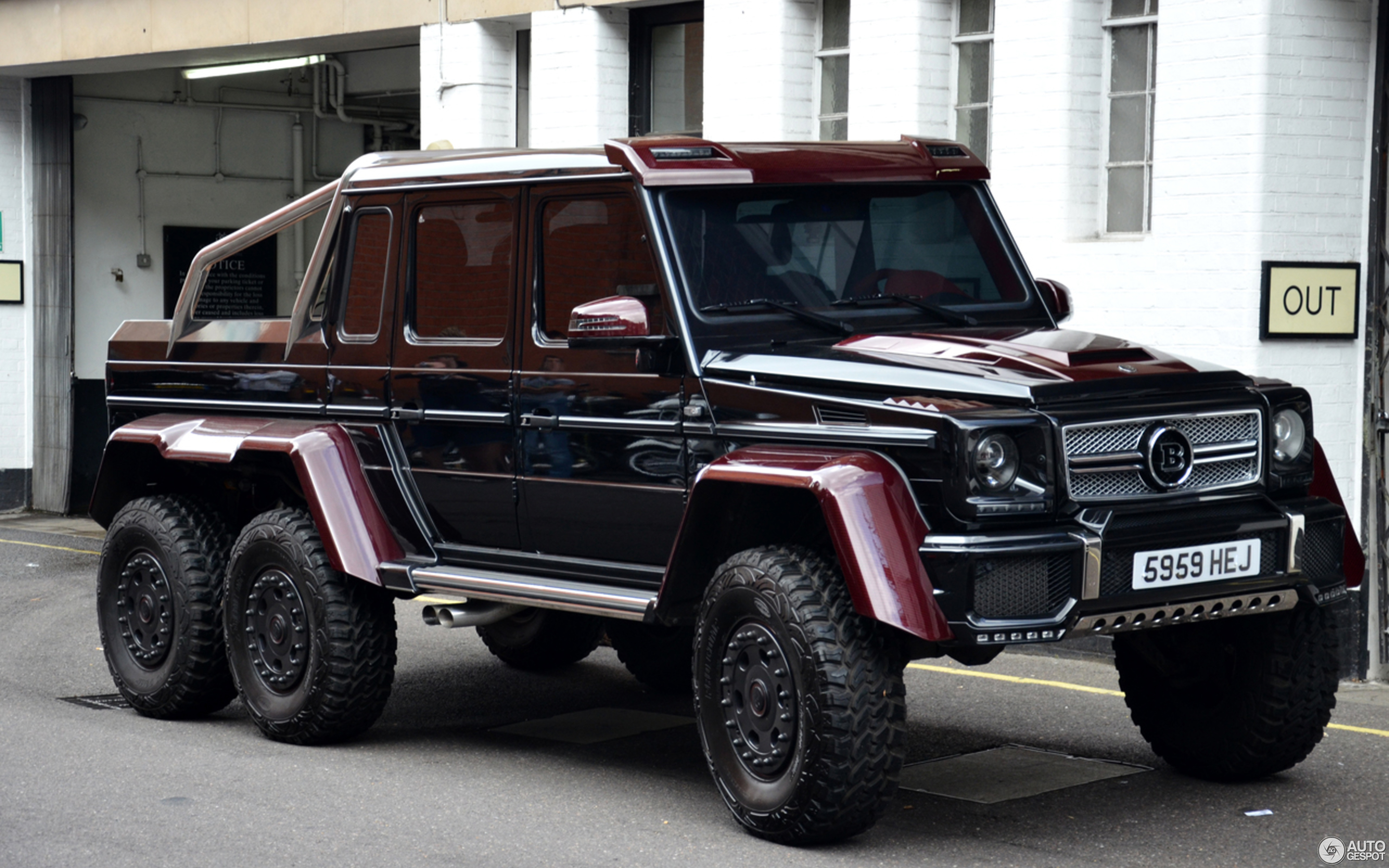 mercedes g wagon 6x6 brabus images galleries with a bite. Black Bedroom Furniture Sets. Home Design Ideas