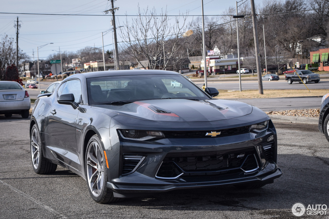 Chevrolet Camaro Ss 2016 50th Anniversary 13 January