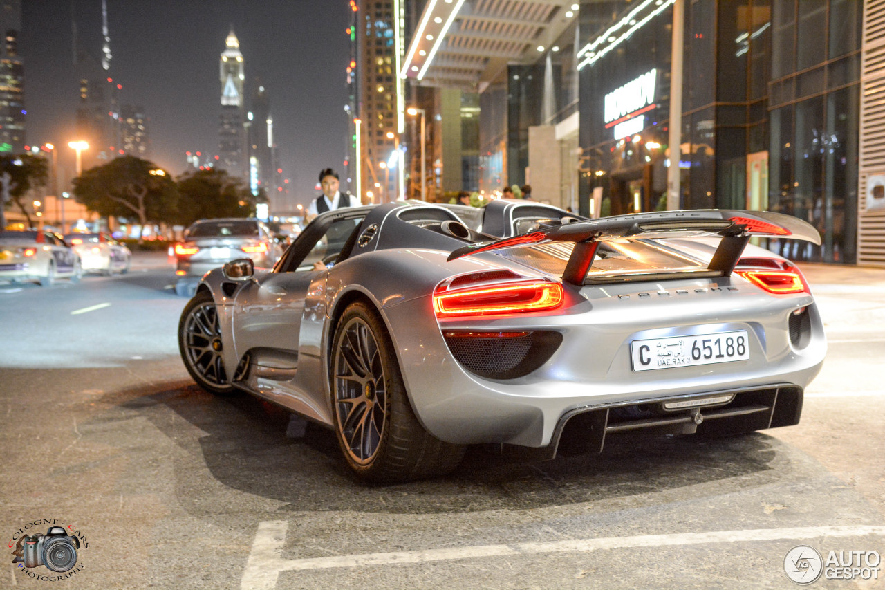 porsche 918 spyder 15 january 2017 autogespot. Black Bedroom Furniture Sets. Home Design Ideas