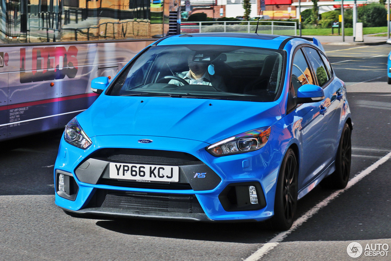 ford focus rs 2015 16 january 2017 autogespot. Black Bedroom Furniture Sets. Home Design Ideas