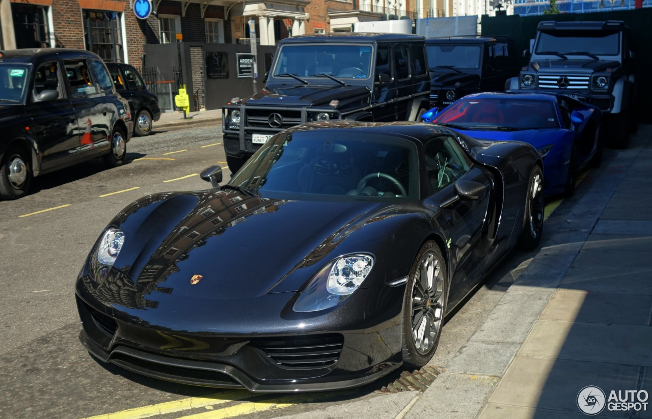 porsche 918 spyder 17 january 2017 autogespot. Black Bedroom Furniture Sets. Home Design Ideas