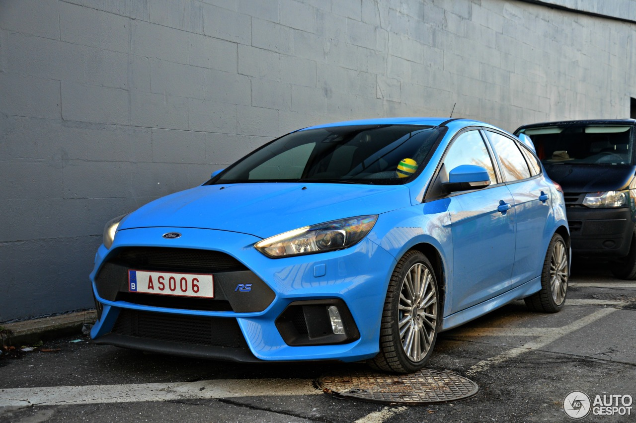 ford focus rs 2015 18 january 2017 autogespot. Black Bedroom Furniture Sets. Home Design Ideas