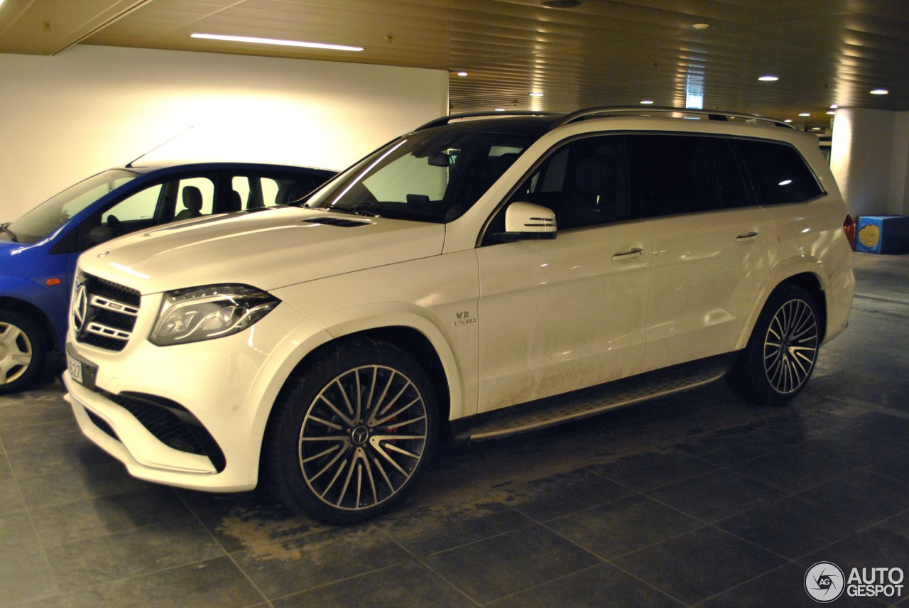 Mercedes amg gls 63 18 januari 2017 autogespot for Mercedes benz gls 63 amg