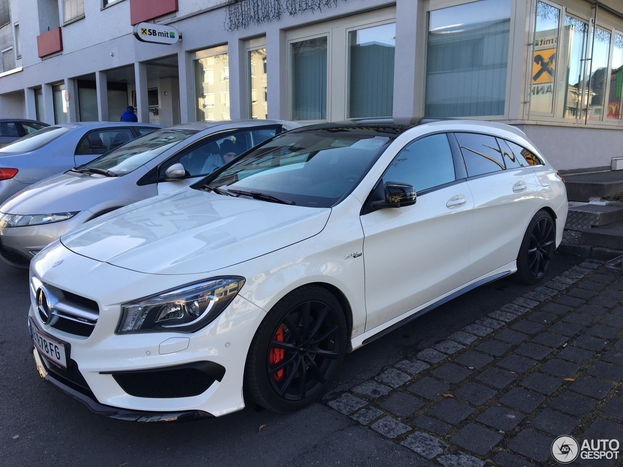 mercedes benz cla 45 amg shooting brake 18 january 2017 autogespot. Black Bedroom Furniture Sets. Home Design Ideas