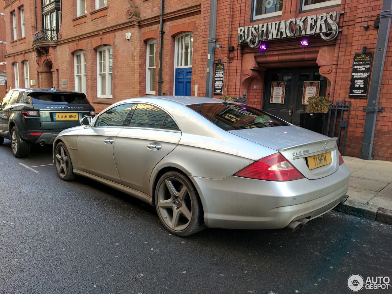 Mercedes benz cls 55 amg 26 january 2017 autogespot for Mercedes benz cls 550 amg