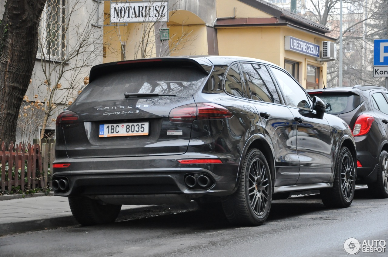 porsche 958 cayenne turbo s mkii 26 stycze 2017 autogespot. Black Bedroom Furniture Sets. Home Design Ideas