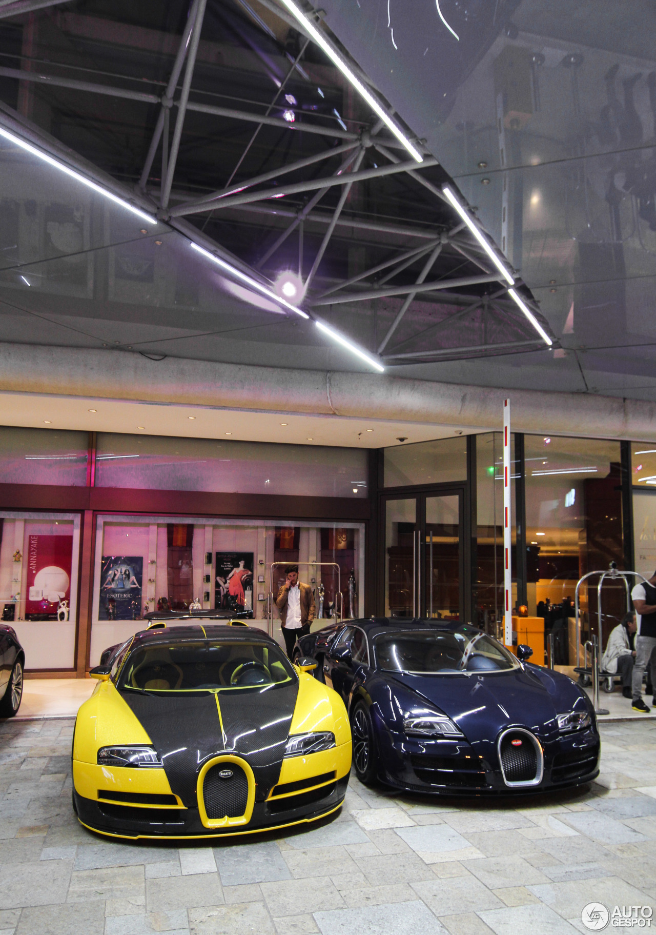 bugatti-veyron-164-super-sport-c528727012017000234_5 Stunning Bugatti Veyron Super Sport White Cars Trend