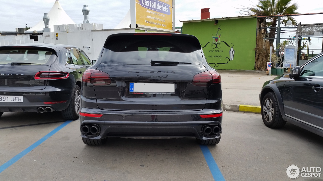 porsche 958 cayenne turbo s mkii 27 enero 2017 autogespot. Black Bedroom Furniture Sets. Home Design Ideas