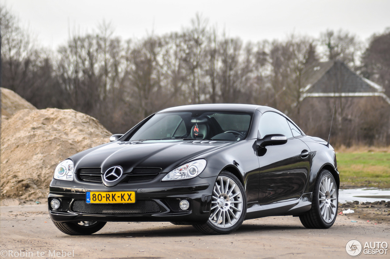 mercedes benz slk 55 amg r171 28 january 2017 autogespot. Black Bedroom Furniture Sets. Home Design Ideas