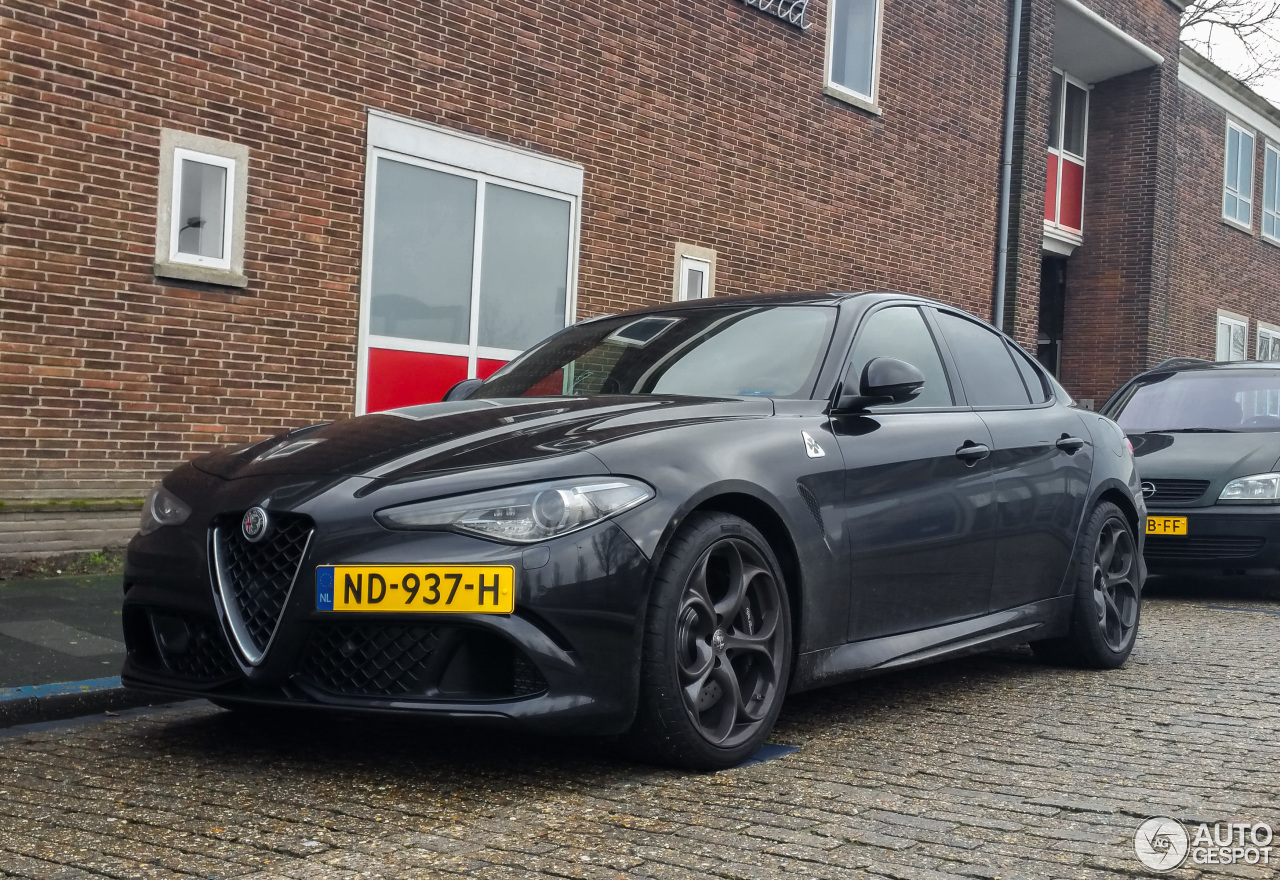 alfa romeo giulia quadrifoglio 30 january 2017 autogespot. Black Bedroom Furniture Sets. Home Design Ideas
