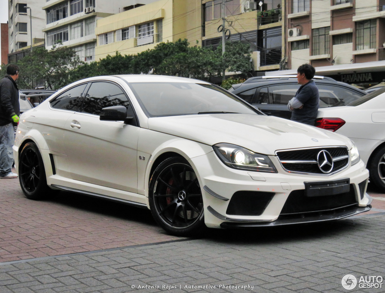 Mercedes benz c 63 amg coup black series 31 january for Mercedes benz g series for sale