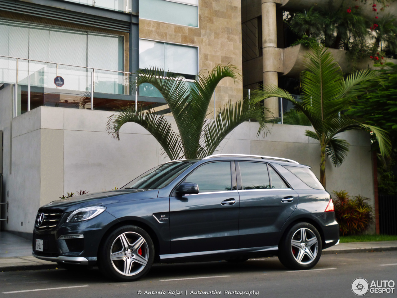 mercedes benz ml 63 amg w166 31 january 2017 autogespot. Black Bedroom Furniture Sets. Home Design Ideas