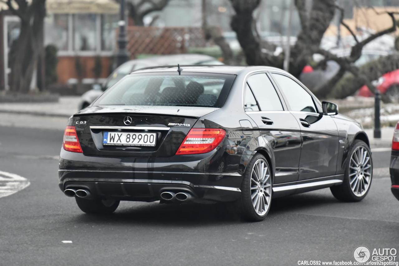 Mercedes benz c 63 amg w204 1 february 2017 autogespot for Mercedes benz w204