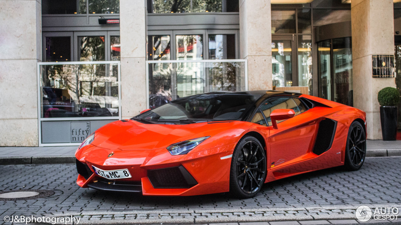 Lamborghini Aventador LP700-4 Roadster - 2 February 2017 ...