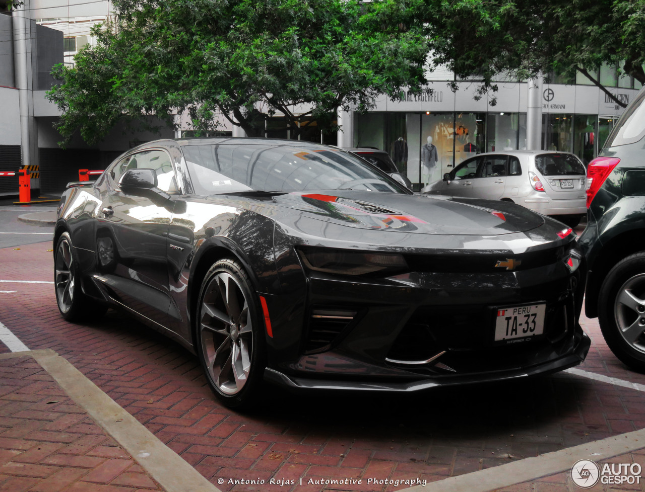 chevrolet camaro ss 2016 50th anniversary 4 fevereiro 2017 autogespot. Black Bedroom Furniture Sets. Home Design Ideas
