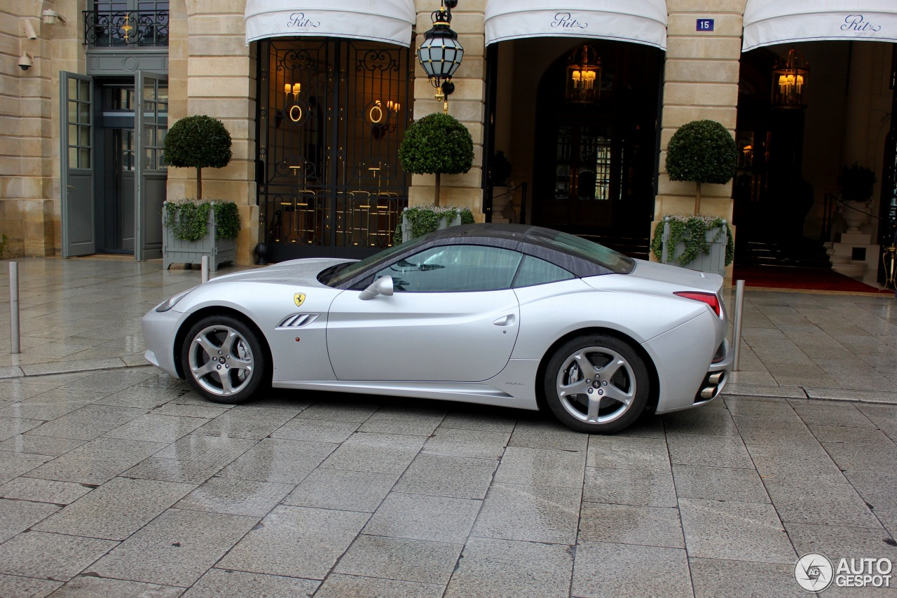 Ferrari California Bi-Colore Special Edition - 4 February ...