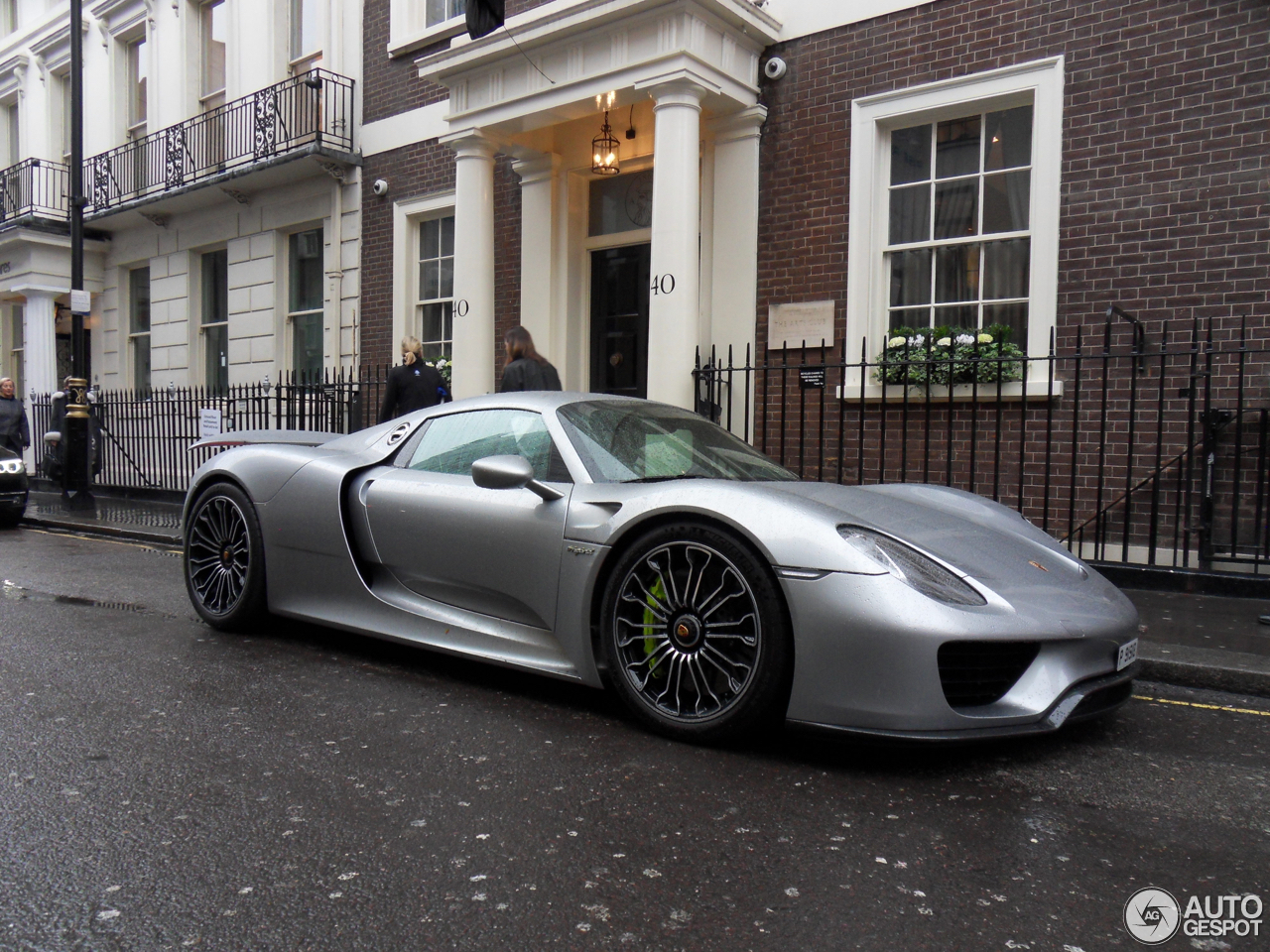 porsche 918 spyder 4 february 2017 autogespot. Black Bedroom Furniture Sets. Home Design Ideas