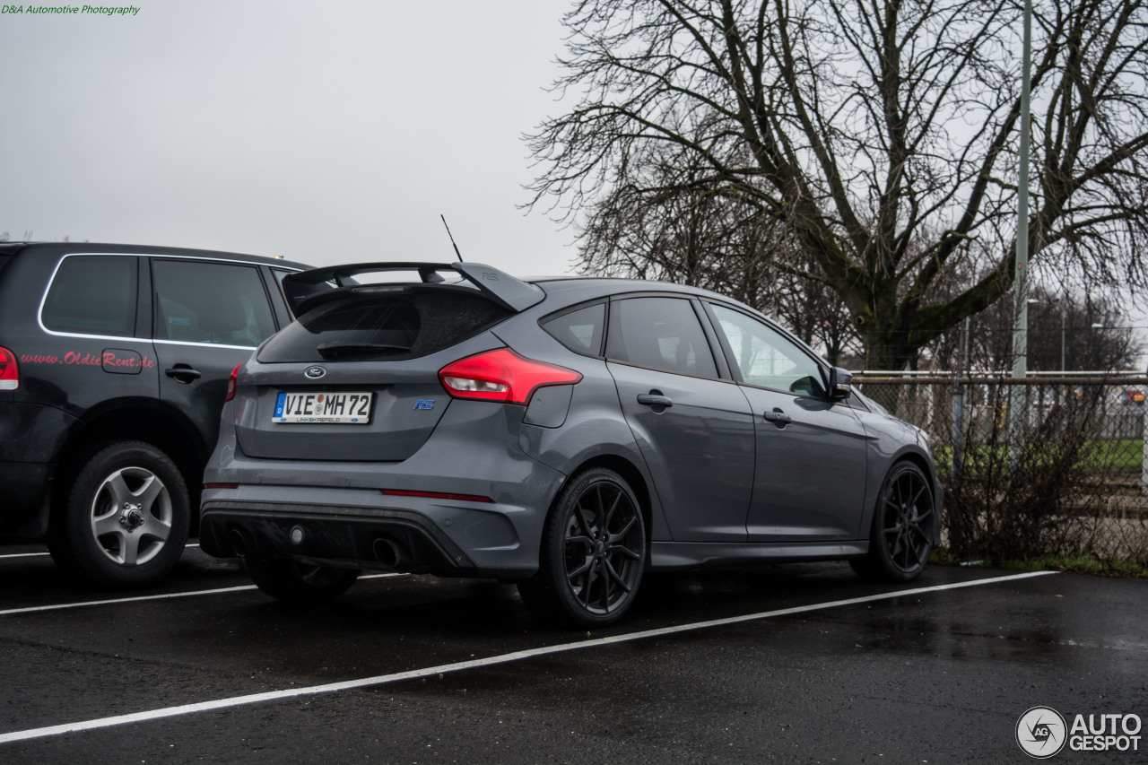 ford focus rs 2015 7 february 2017 autogespot. Black Bedroom Furniture Sets. Home Design Ideas
