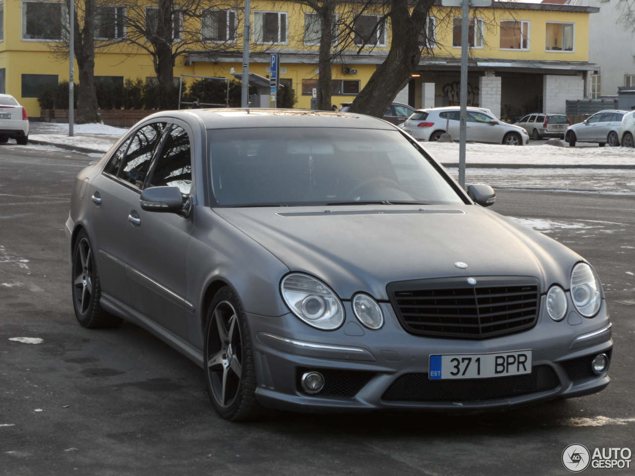 Mercedes benz e 55 amg 10 february 2017 autogespot for Mercedes benz e 55 amg