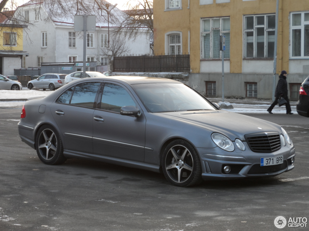 Mercedes benz e 55 amg 10 februari 2017 autogespot for Mercedes benz e 55 amg