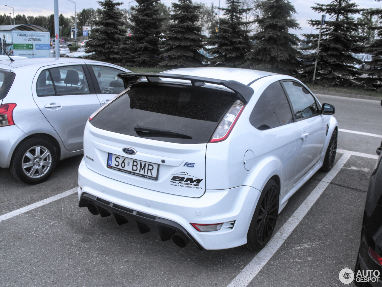 ford focus rs 2009 12 february 2017 autogespot. Black Bedroom Furniture Sets. Home Design Ideas