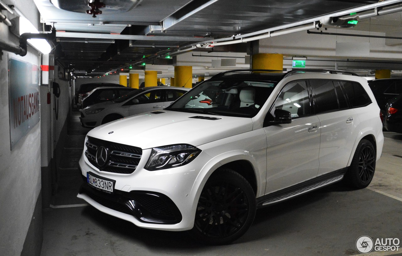 If you could have 5 cars in your garage page 12 for Garage amg auto