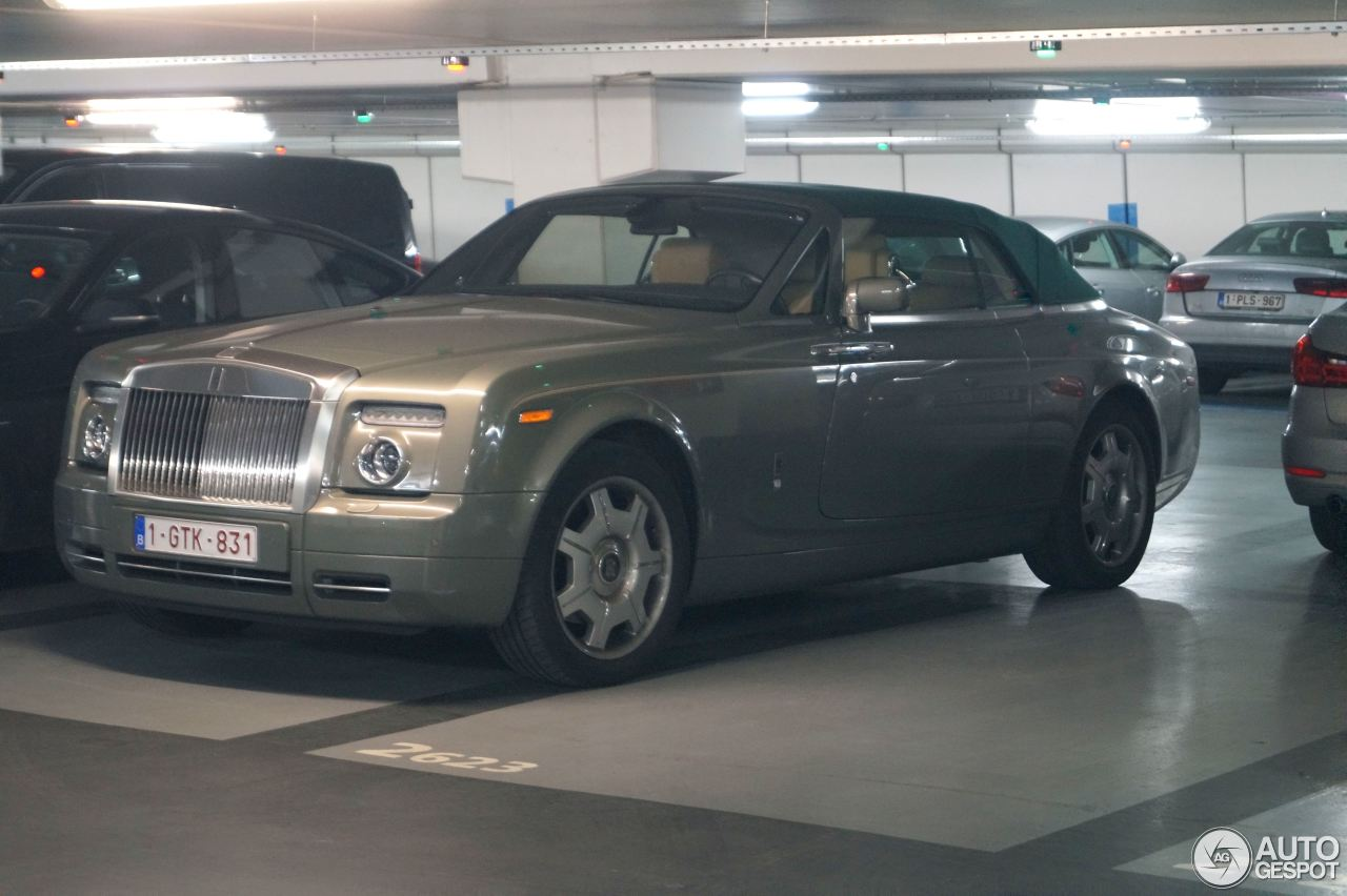 rolls royce phantom drophead coup 15 february 2017 autogespot. Black Bedroom Furniture Sets. Home Design Ideas