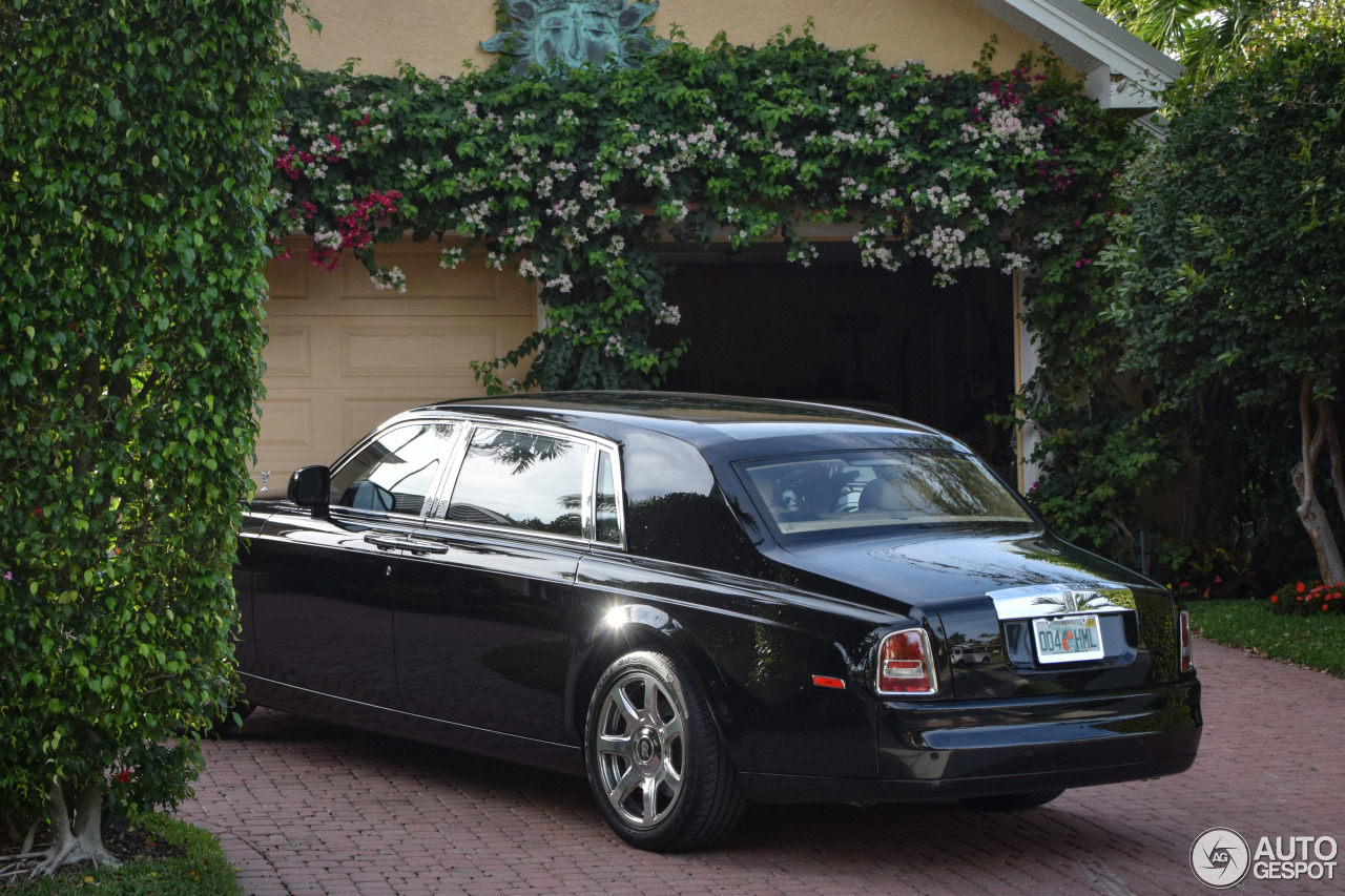 rolls royce phantom ewb 15 february 2017 autogespot. Black Bedroom Furniture Sets. Home Design Ideas