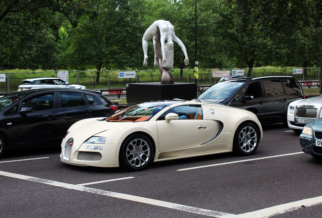 bugatti veyron 16 4 grand sport 24 february 2017 autogespot. Cars Review. Best American Auto & Cars Review