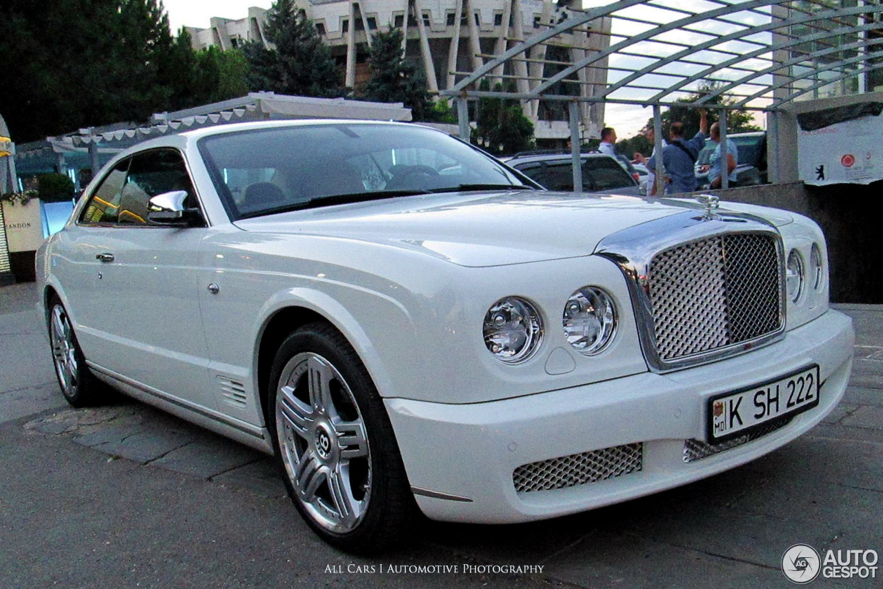 Bentley brooklands 2008 24 february 2017 autogespot 4 i bentley brooklands 2008 4 vanachro Choice Image