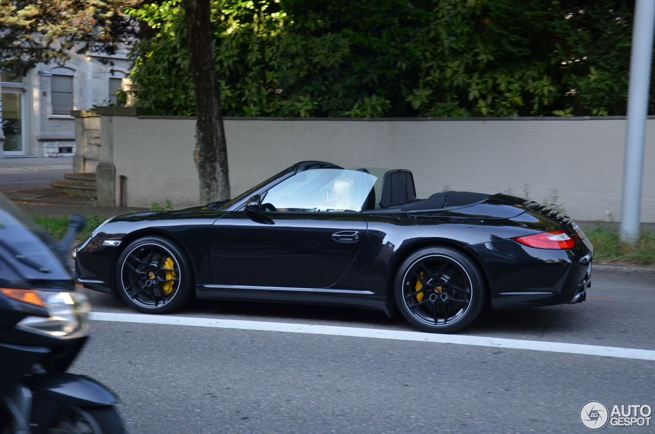 porsche 997 carrera 4s cabriolet mkii 24 february 2017 autogespot. Black Bedroom Furniture Sets. Home Design Ideas