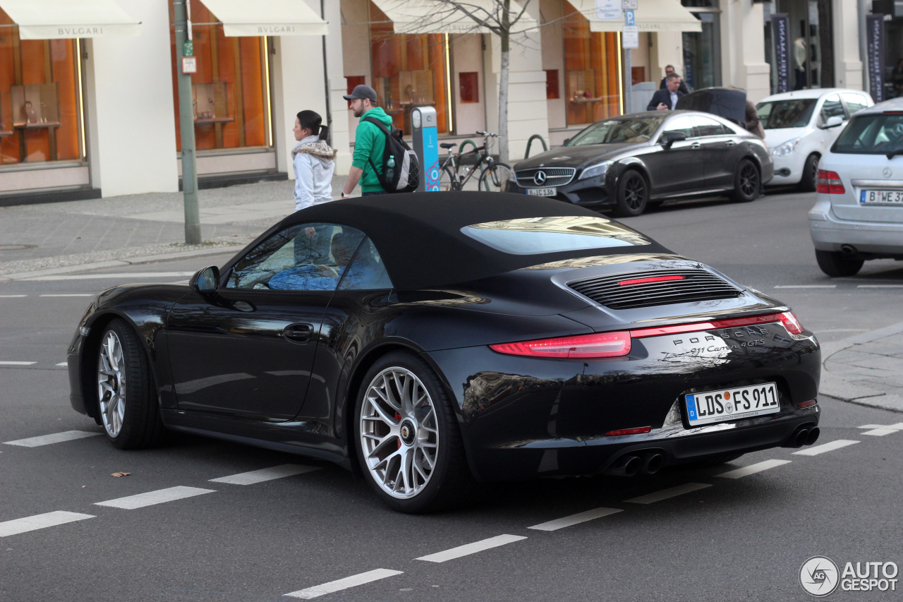 porsche 991 carrera 4 gts cabriolet 4 march 2017 autogespot. Black Bedroom Furniture Sets. Home Design Ideas