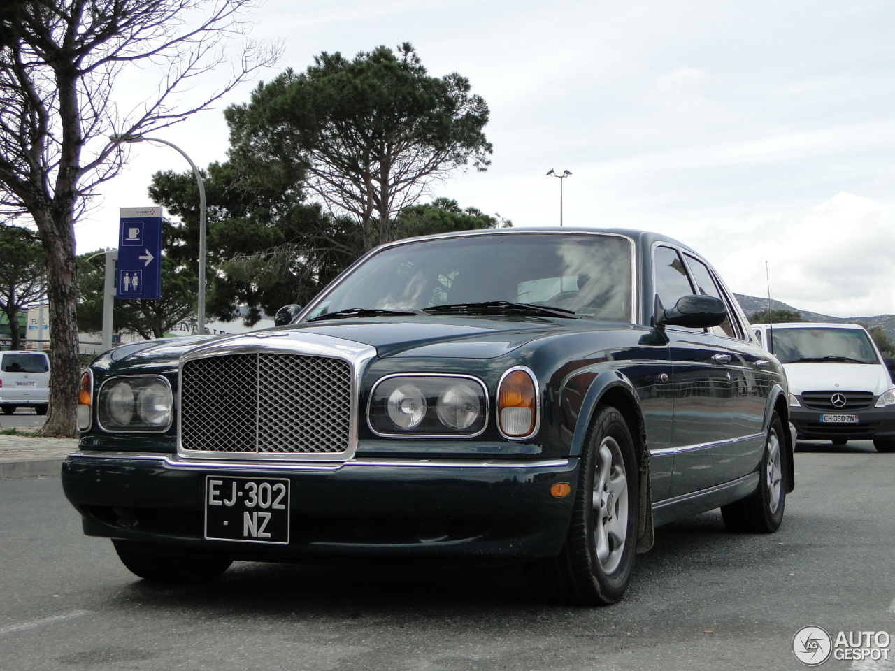 Bentley arnage green label 8 march 2017 autogespot 1 i bentley arnage green label 1 vanachro Choice Image