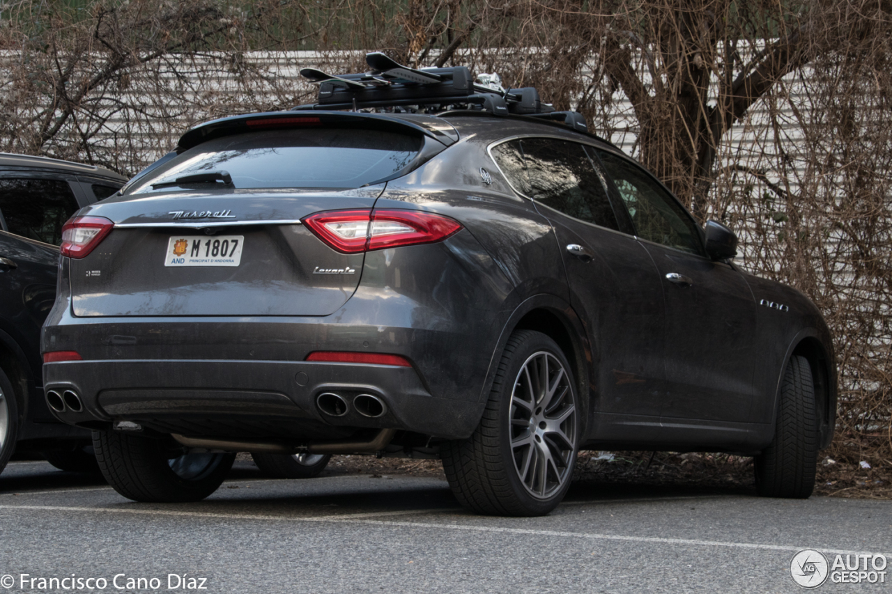 maserati levante s 13 march 2017 autogespot. Black Bedroom Furniture Sets. Home Design Ideas
