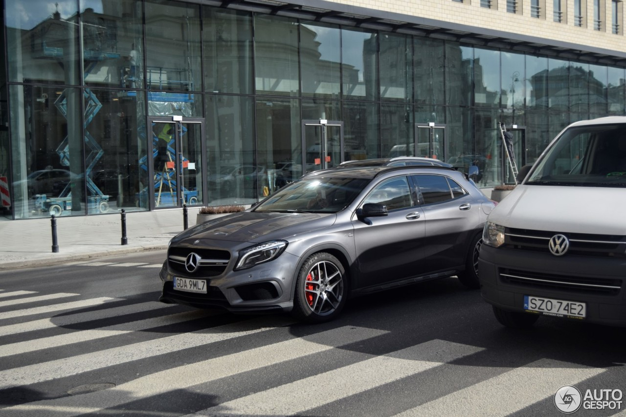 Mercedes benz gla 45 amg x156 15 march 2017 autogespot for 2017 mercedes benz amg gla 45