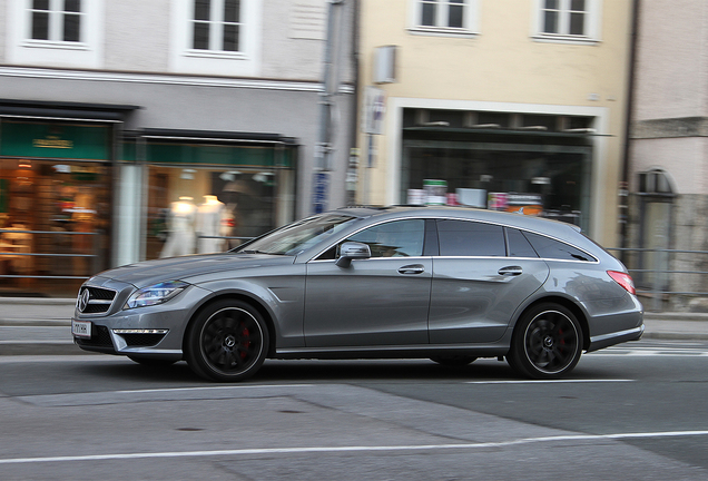 Mercedes-Benz CLS 63 AMG S X218 Shooting Brake