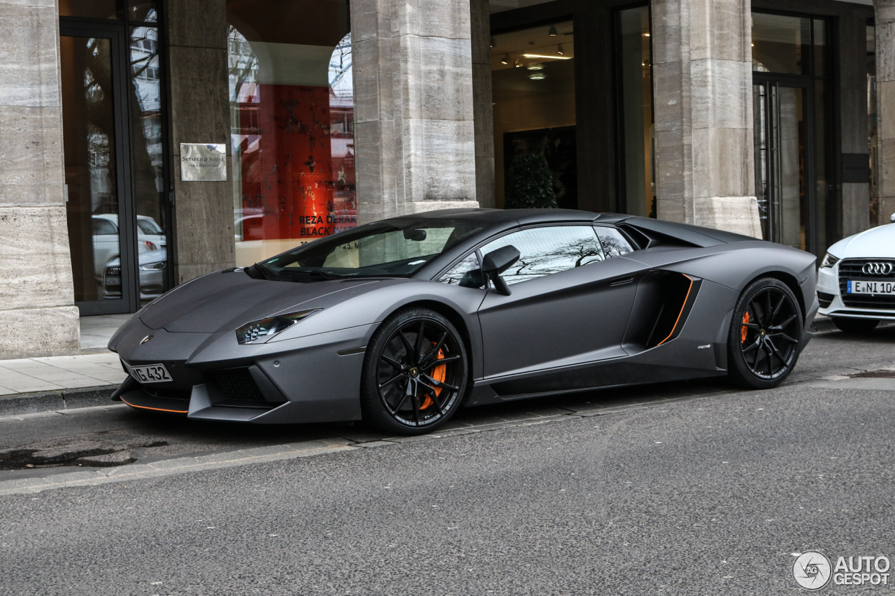 Lamborghini Aventador Lp700 4 Roadster 17 March 2017