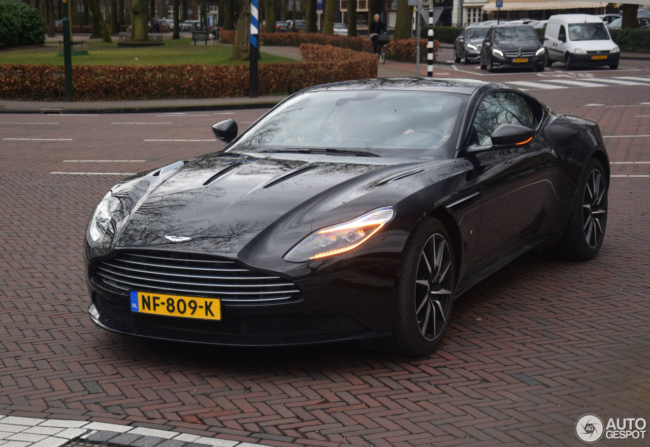 aston martin db11 launch edition - 19 maart 2017 - autogespot