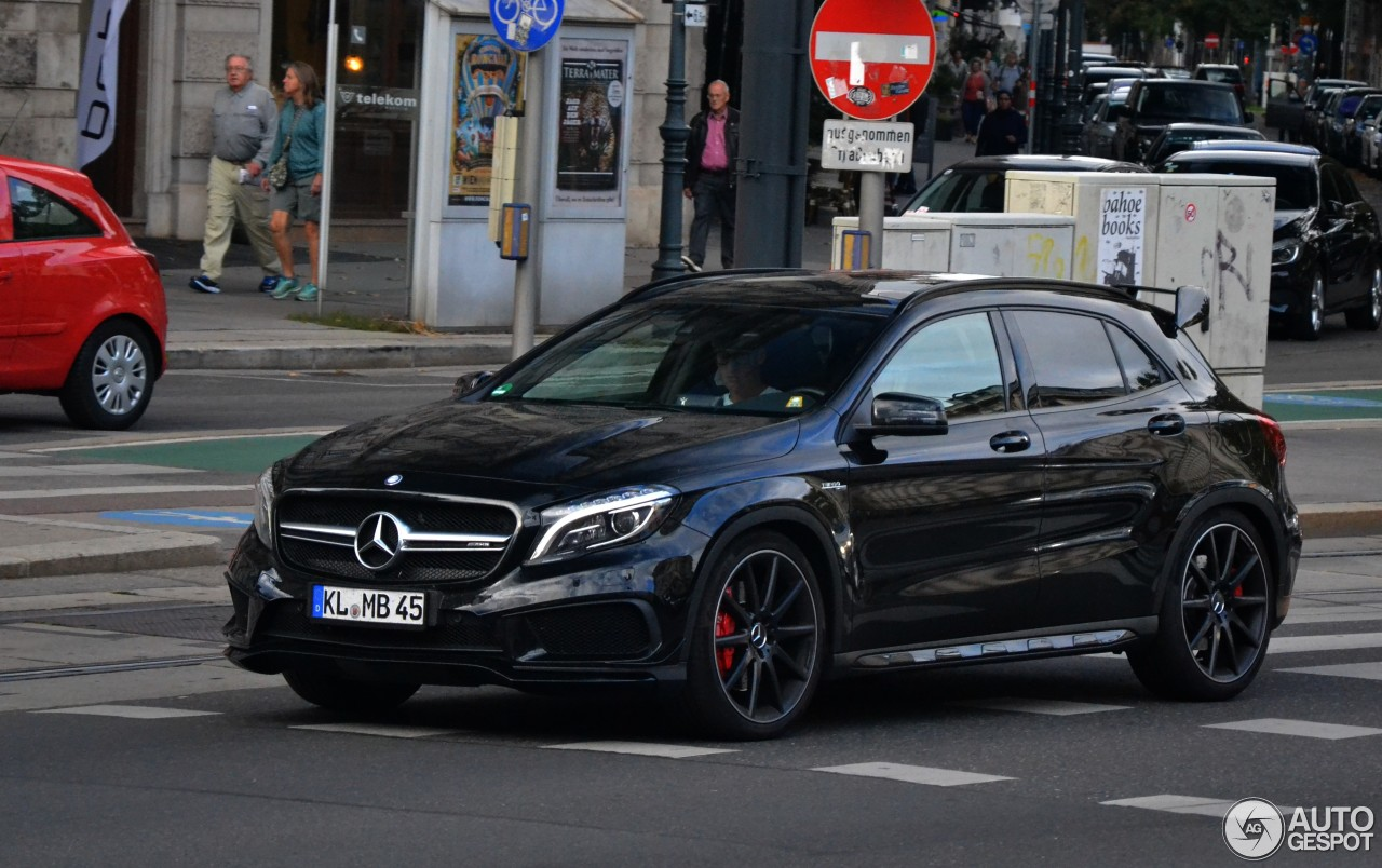 mercedes benz gla 45 amg x156 21 march 2017 autogespot. Black Bedroom Furniture Sets. Home Design Ideas