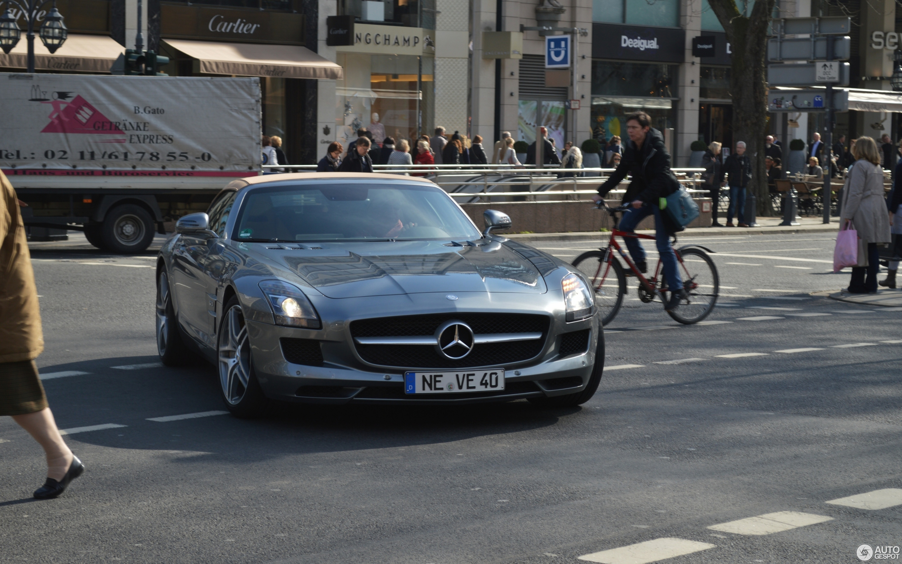 Mercedes-Benz SLS AMG Roadster - 21 March 2017 - Autogespot