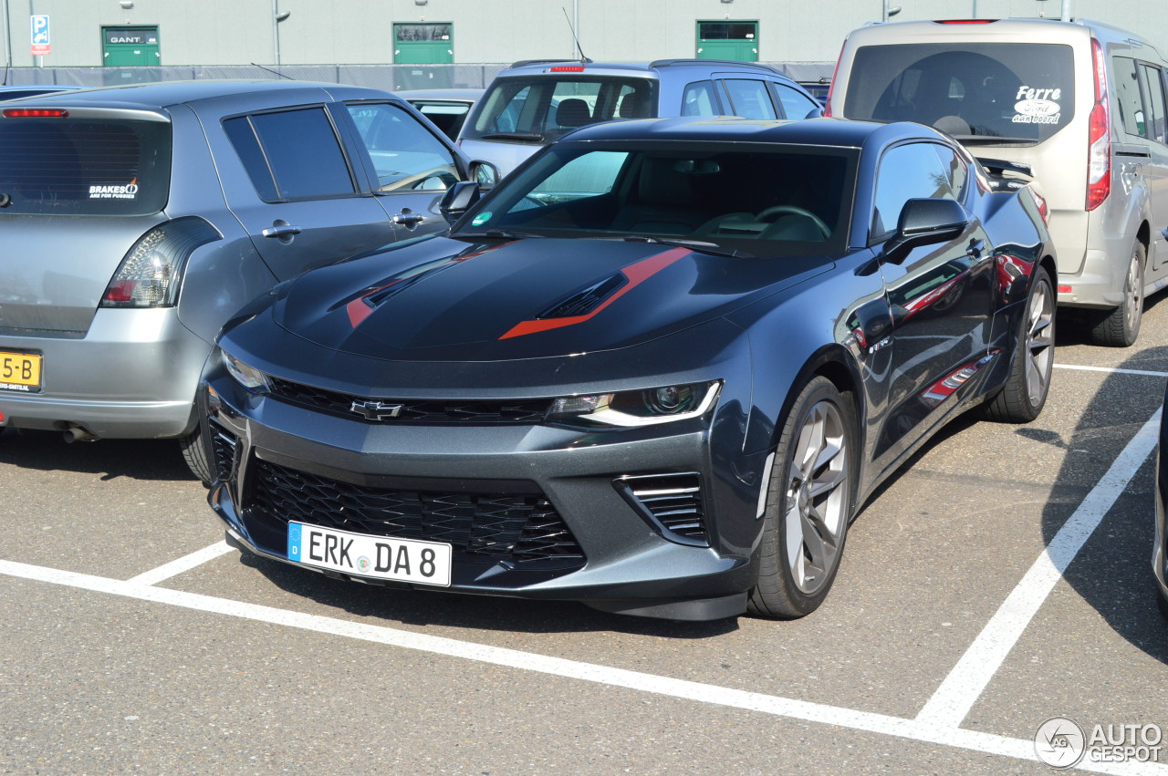 chevrolet camaro ss 2016 50th anniversary 26 march 2017 autogespot. Black Bedroom Furniture Sets. Home Design Ideas