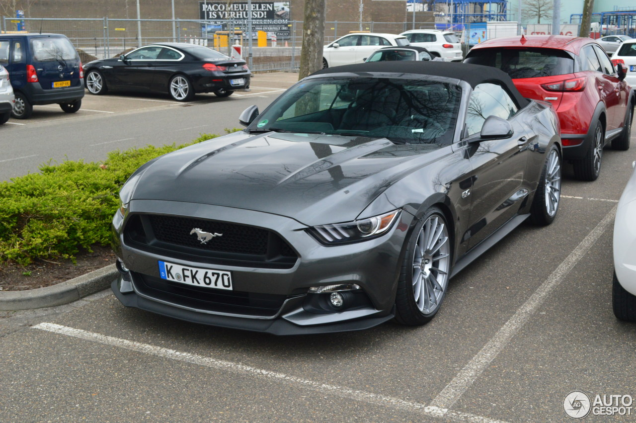 ford mustang gt convertible 2015 29 march 2017 autogespot. Black Bedroom Furniture Sets. Home Design Ideas