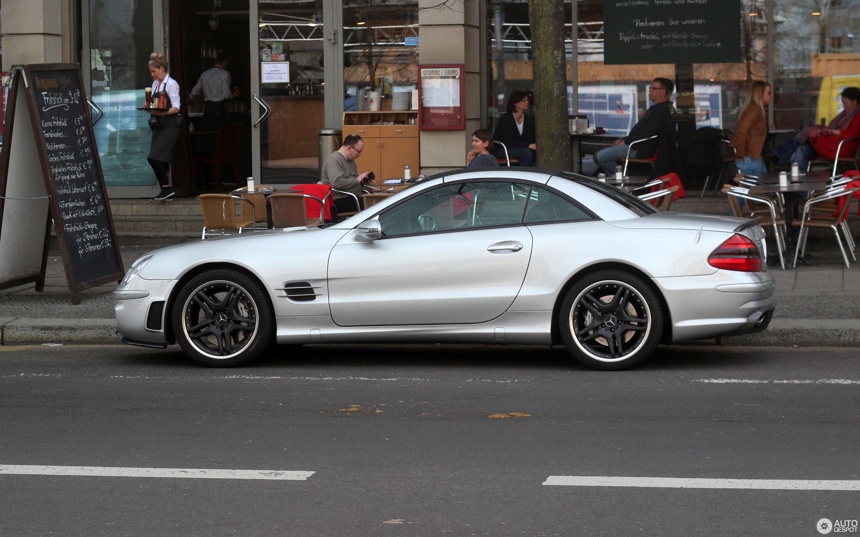 Mercedes-Benz SL 55 AMG R230 - 31 March 2017 - Autogespot