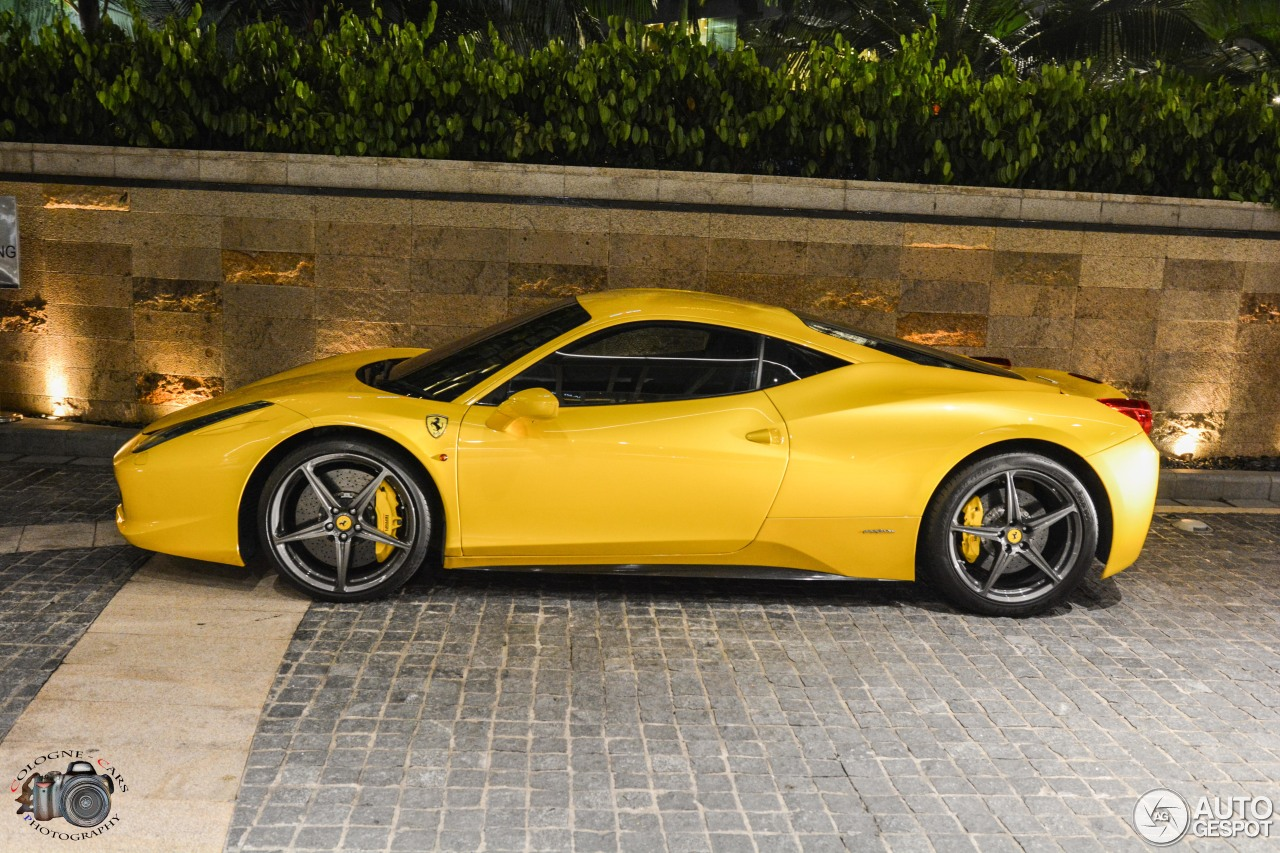 yellow ferrari 458 italia 58 wallpapers hd desktop wallpapers. Black Bedroom Furniture Sets. Home Design Ideas