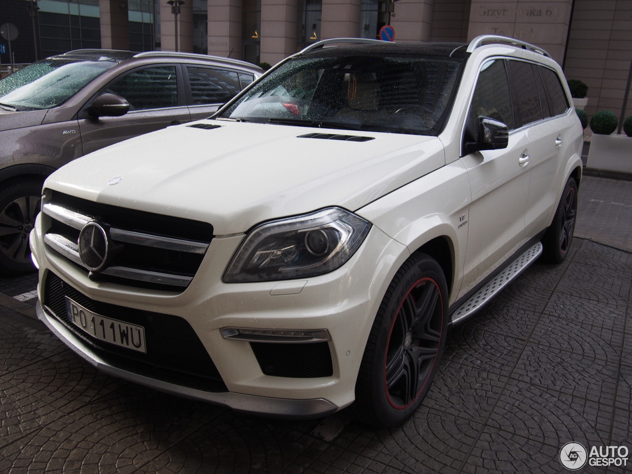 Mercedes benz gl 63 amg x166 9 2017 autogespot for 2017 mercedes benz gl450