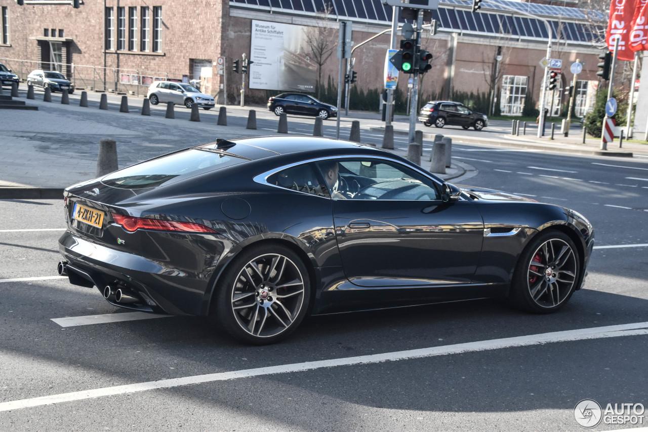 jaguar f type r coup 11 april 2017 autogespot. Black Bedroom Furniture Sets. Home Design Ideas