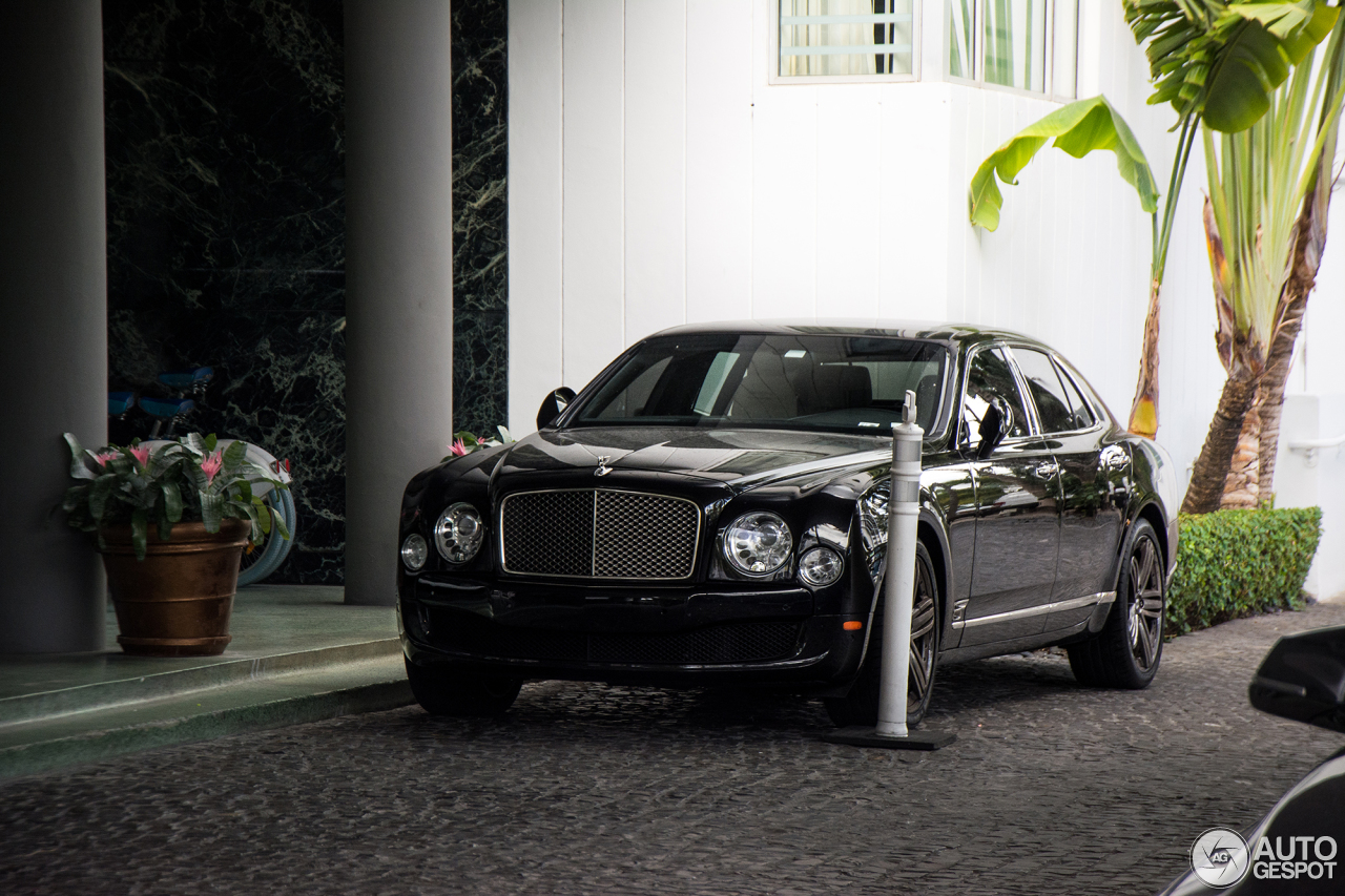 The Bentley Mulsanne S Very Limited: Bentley Mulsanne Le Mans Limited Edition